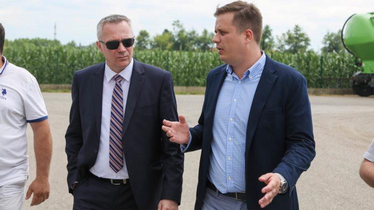 "Resorni ministar posjetio fabriku ""Farmofit"""